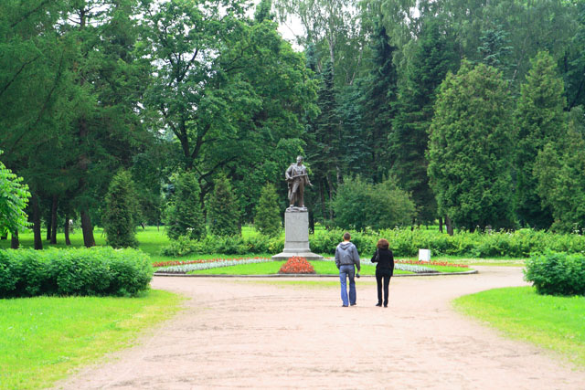 Питерские прогулки. Крестовский остров - фото