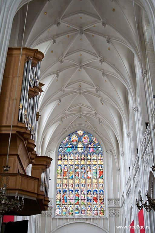 Собор Антверпенской Богоматери - Антверпен, Бельгия. фото
