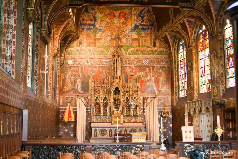 Часовня Святой Крови - Брюгге, Бельгия. фото