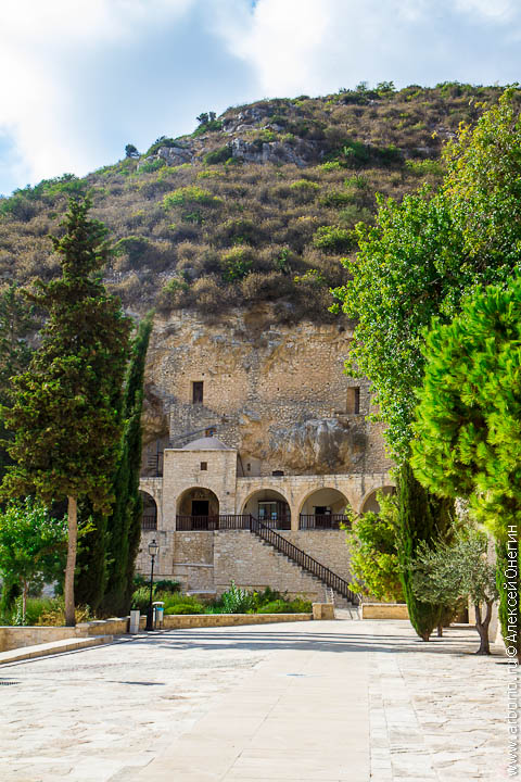 Монастырь святого Неофита - Кипр фото