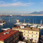 Город с видом на Везувий — Неаполь, Италия