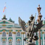 Двуглавый орел — Санкт-Петербург.