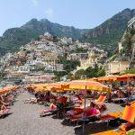 Единственный нормальный пляж Амальфитанского побережья — Позитано, Италия