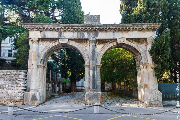 Самый итальянский город Истрии фото