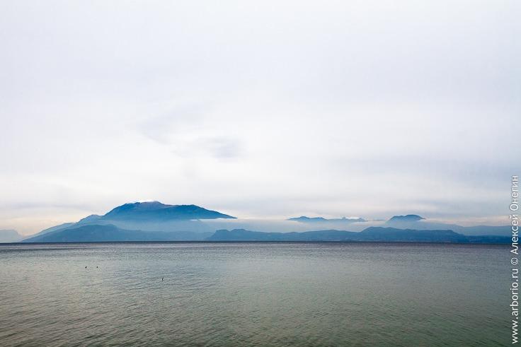 Сирмионе, город на озере Гарда