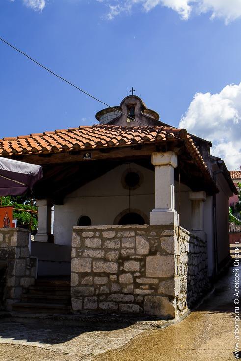 Омишаль, город на острове Крк, Хорватия