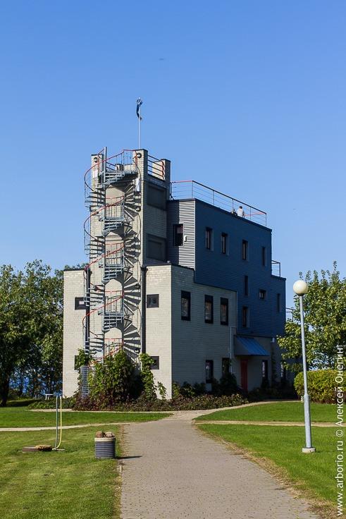 Мыза Сака, Эстония