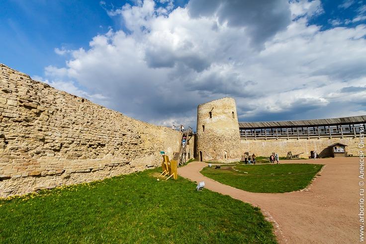 Изборская крепость, Псковская область