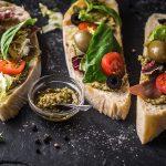 Кулинарные легенды — хлеб с маслом против чумы, или как открыть ящик Пандоры, не вставая из-за карточного стола