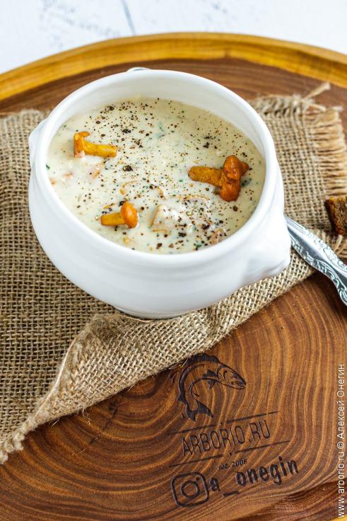 Суп из лисичек - фото