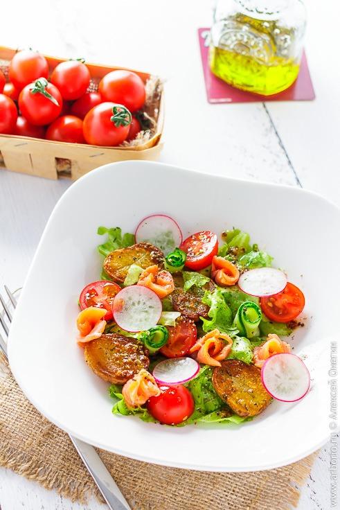 Рецепт салата с копченой рыбой