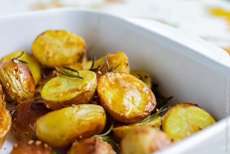время готовки картофеля в духовке
