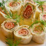 Рулет из семги с творожным сыром
