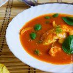Томатный суп с рыбой и фенхелем