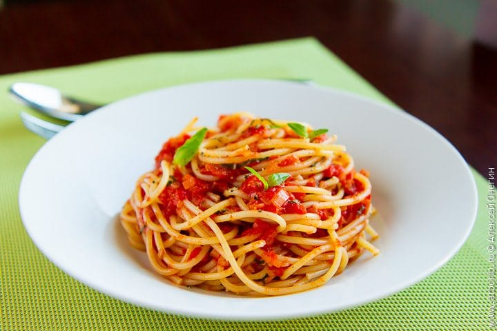 Паста из помидоров для спагетти