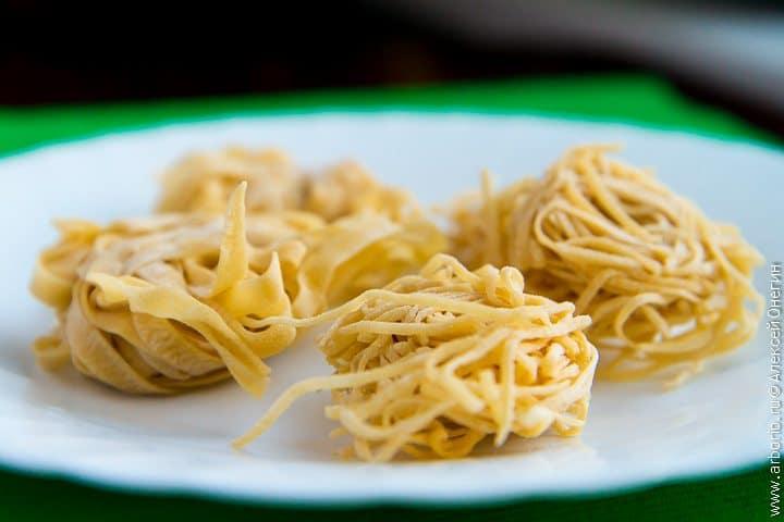 Как приготовить пасту, лапшу и макароны в домашних условиях - фото