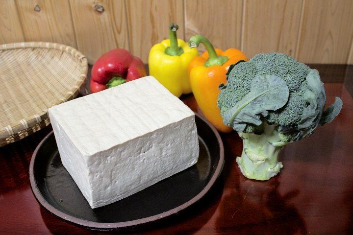 Что такое тофу и кому он нужен - фото
