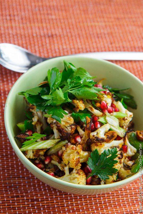 Салат из цветной капусты - фото