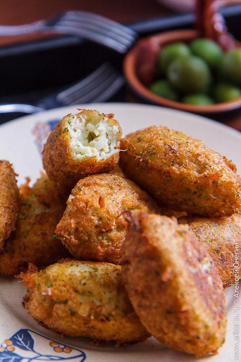 Картофельные крокеты с треской - фото