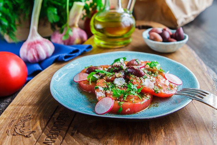 Египетский салат из помидоров - фото