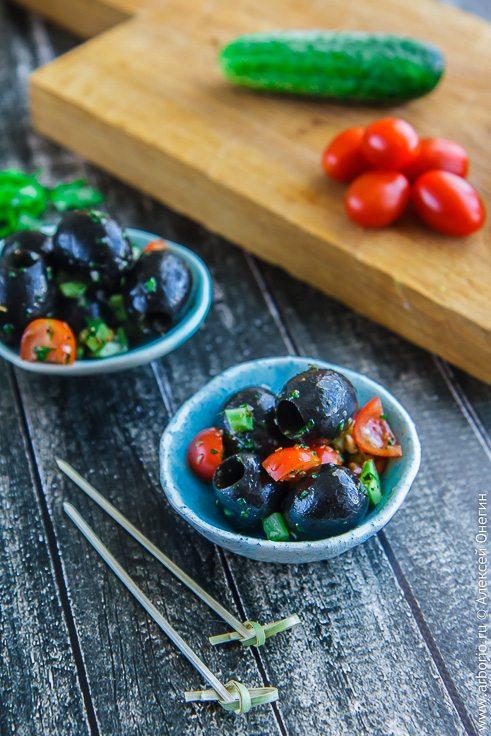 Черные оливки в быстром маринаде - фото