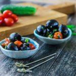 Черные оливки в быстром маринаде