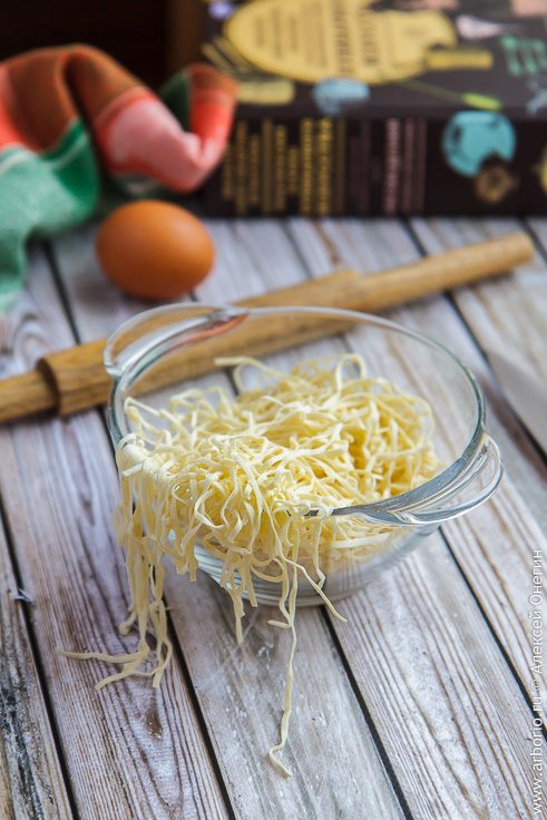 Домашняя лапша для супа - фото