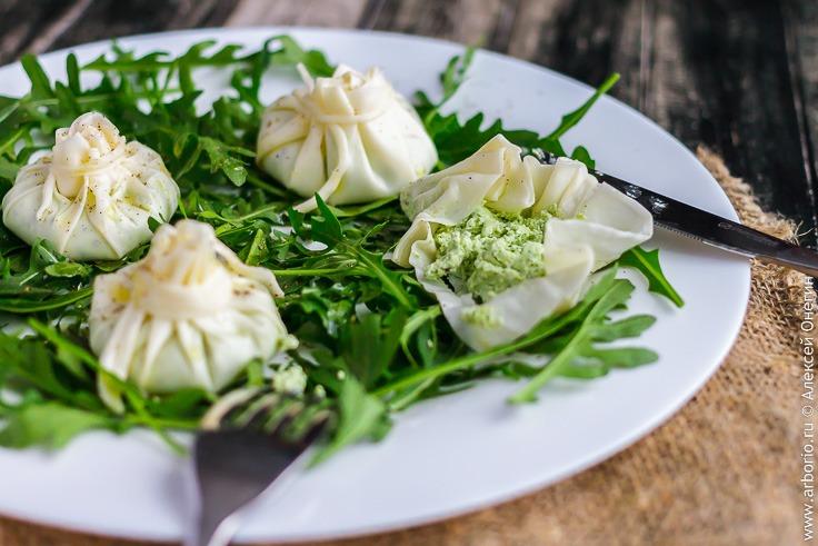 Рецепт хинкали из сыра с начинкой из творога с зеленью