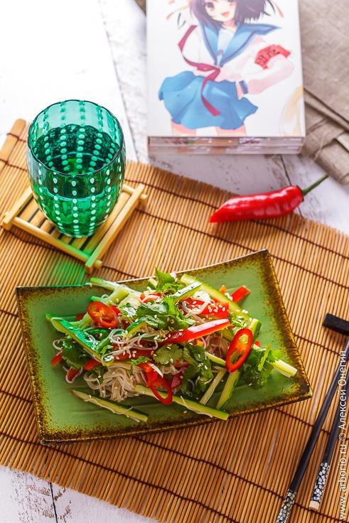 Салат с рисовой лапшой - рецепт