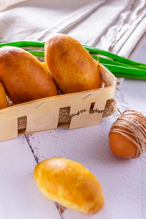 Рецепт пирожков с яйцом и зеленым луком
