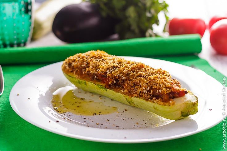 Фаршированные кабачки в духовке рецепт