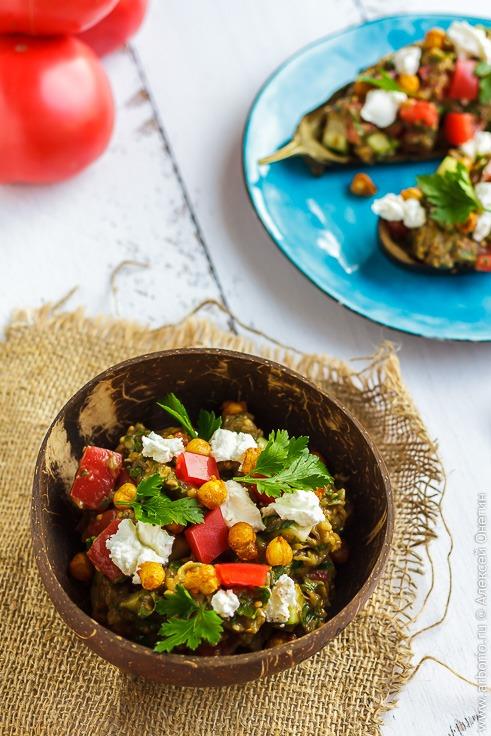 Рецепт салата из запеченных баклажанов с фото