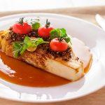 Стейк из капусты с устричным соусом