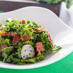 Салат с кейлом и беконом