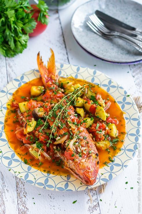 Рыба, запечённая с овощами - фото