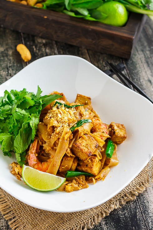 Лапша Пад Тай с креветками классический рецепт с фото