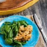 Цветная капуста в духовке с соусом тахини