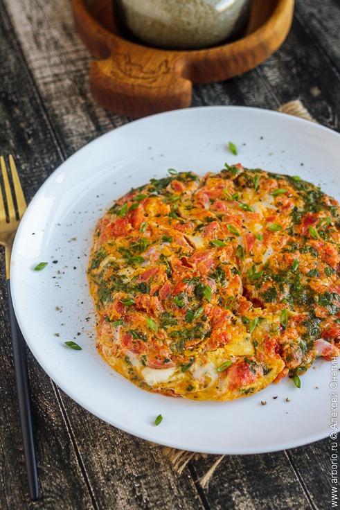Армянская яичница с помидорами - фото