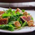 Замечательный салат с инжиром